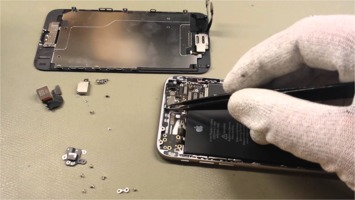 iPhone 6 disassembly