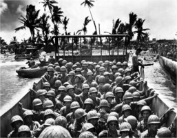 WW2 American troops in the Pacific