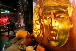 Clinton-Trump-Halloween