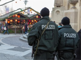 Berlin police at Xmas market